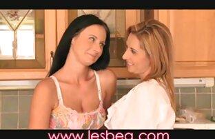 Dos chicas calientes compartiendo una polla peliculas de porno español latino