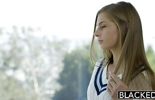 La milf británica Jessica Jay usa bragas sin entrepierna redtube en español latino